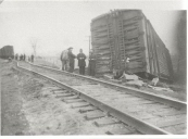 Train wreck in Richmond Hill,Easter 1936.